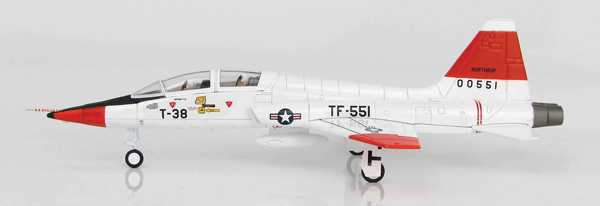 HA5403 - Hobby Master T 38A Talon Edwards Air Force
