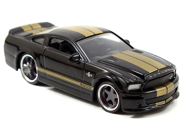 12006-W18-F - Jada Toys 2008 Ford Shelby Mustang Big Time