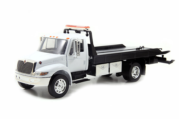 92351-WT - Jada Toys International Durastar 4400 Flatbed Tow Truck