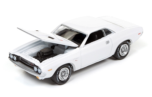 JLCP6001 - Johnny Lightning 1970 Dodge Challenger R_T