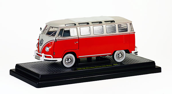 40300-45B - M2machines Volkswagen Microbus Deluxe USA Model Beige