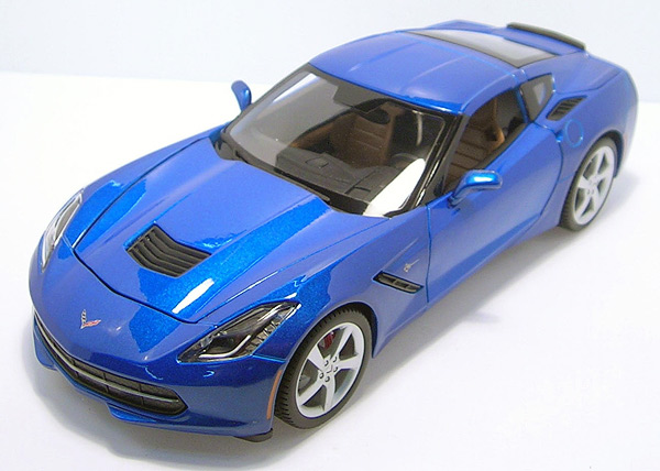 31182MBL - Maisto Diecast 2014 Chevrolet Corvette Stingray