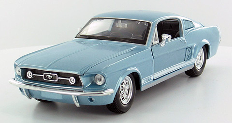 31260MBL - Maisto 1967 Ford Mustang GT