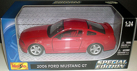 31997R - Maisto 2006 Ford Mustang GT Coupe
