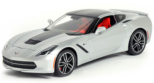 38132S - Maisto 2014 Corvette Stingray Z51
