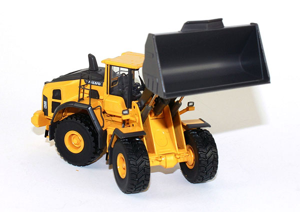 300051 - Motorart Volvo L150H Wheel Loader