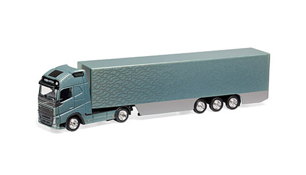 300072 - Motorart Volvo FH16 Truck and Trailer