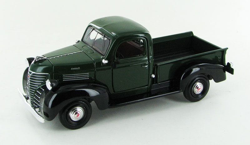73278AC-GR - Motormax 1941 Plymouth Pickup