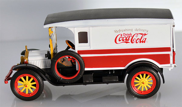 441761 - Motor City Coca Cola 1920 White Delivery Van