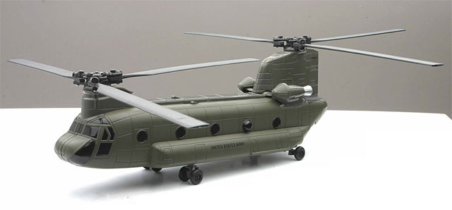 25793 - New-ray US Army Boeing CH 47 Chinook