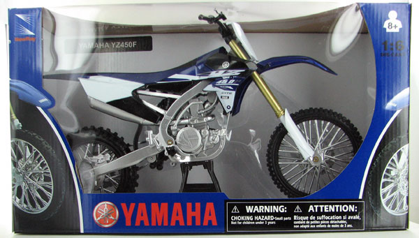 49443 - New-Ray Toys 2015 YAMAHA YZ450F Dirt Bike