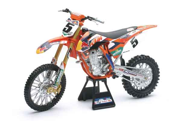 49463 - New-ray RED BULL KTM 450 SX