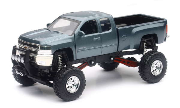 54526 - New-ray Chevrolet Silverado