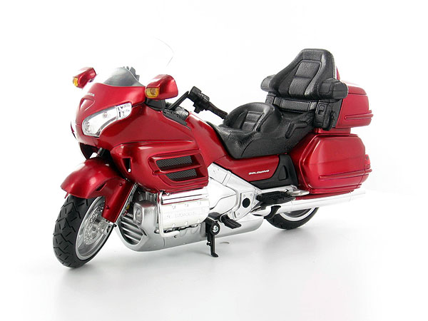 57253A - New-ray 2010 Honda Gold Wing