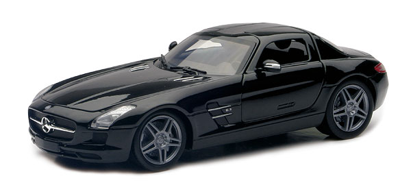 71196BK - New-ray 2010 Mercedes Benz SLS AMG