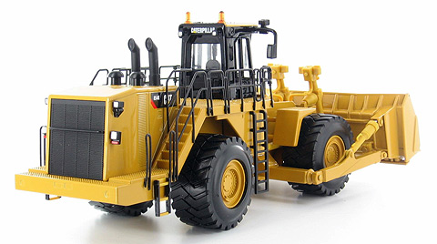 55231 - Norscot Caterpillar 854K Wheeled Dozer Blade raises