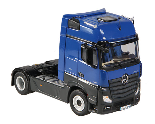 844-06 - NZG Model Mercedes Benz Actros FH25 GigaSpace 4x2