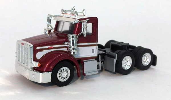006567 - Promotex Peterbilt 367 Day Cab