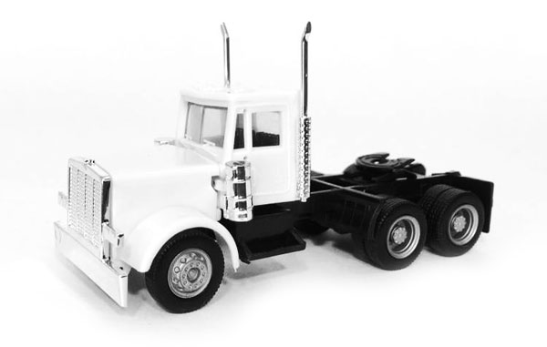 015284 - Promotex Peterbilt Day Cab Short