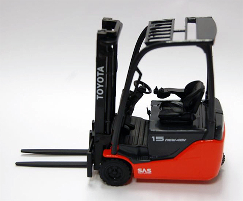 001428 - ROS Toyota Traigo 48 Electric Forklift