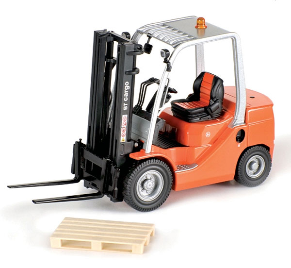 001480 - ROS BT Cargo Fork Lift 4 Wheel