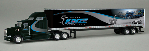 GPR-1328 - Spec-cast Kinze Kenworth Sleeper Cab Pulling a