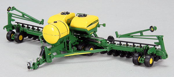 JDM-253 - Spec-cast John Deere Bauer Built 24 Row Planter
