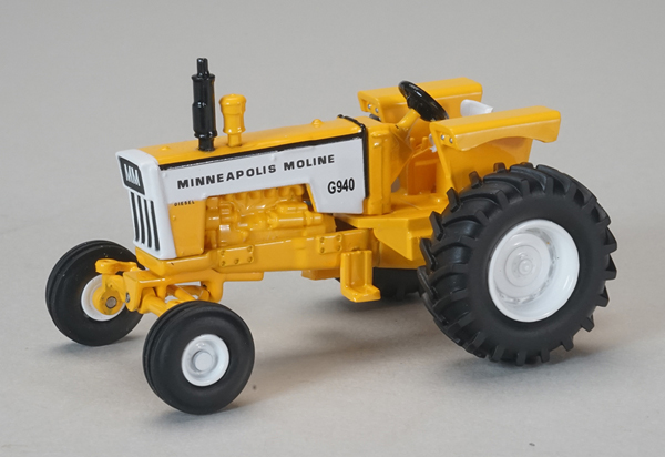SCT-681 - Spec-cast Minneapolis Moline G940 Wide Front Tractor