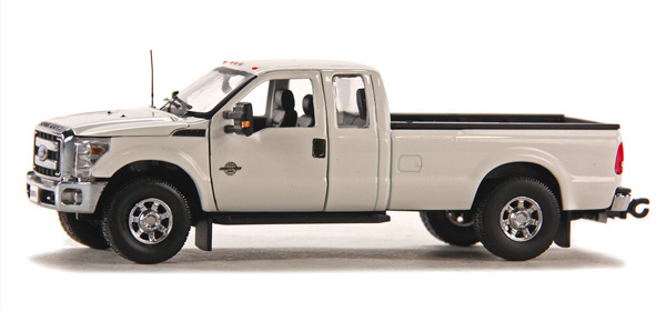 1100-WC - Sword Ford F250 XLT Pickup