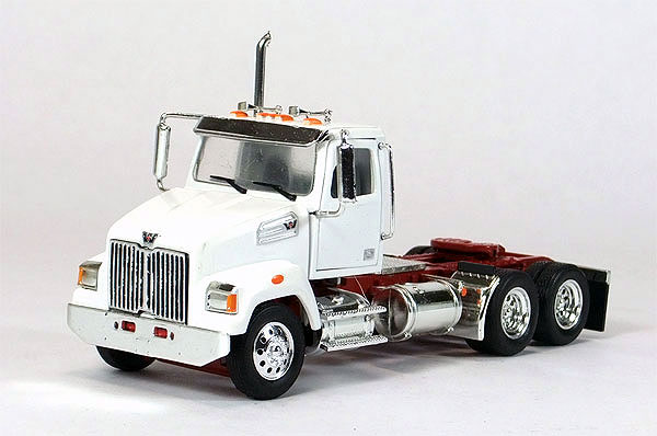 12-0133-01 - Tonkin Replicas Western Star 4700 Day Cab