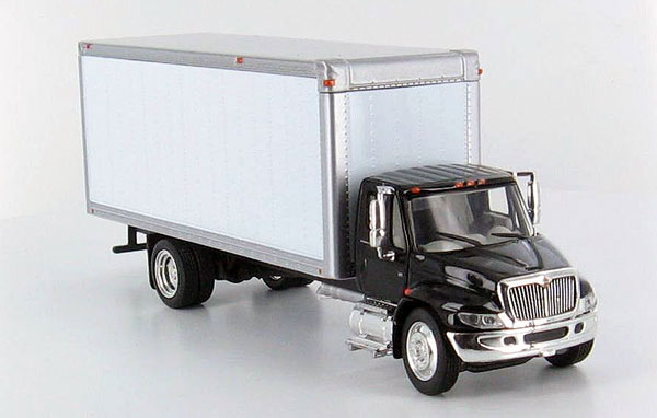 13-I011 - Tonkin Replicas International 4300 Box Truck