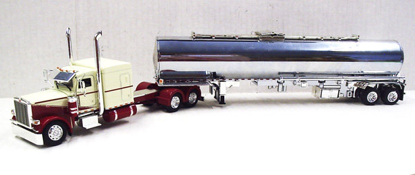 167417 - Tonkin Replicas Peterbilt 389