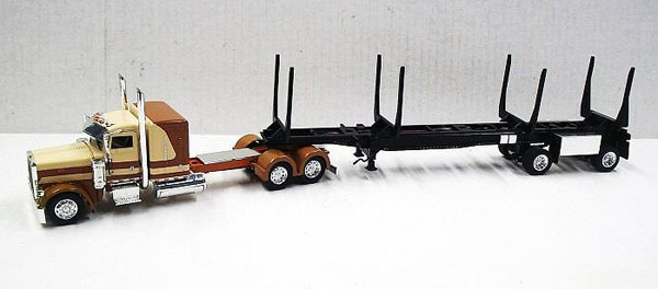 56009 - Tonkin Replicas Peterbilt 389
