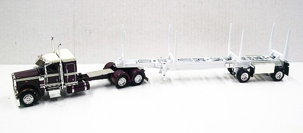 56019 - Tonkin Replicas Peterbilt 389