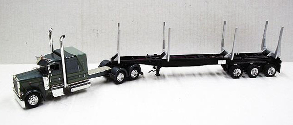 56025 - Tonkin Replicas Peterbilt 389