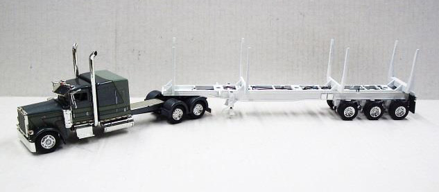 56027 - Tonkin Replicas Peterbilt 389