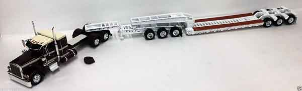 600039 - Tonkin Replicas Peterbilt 389