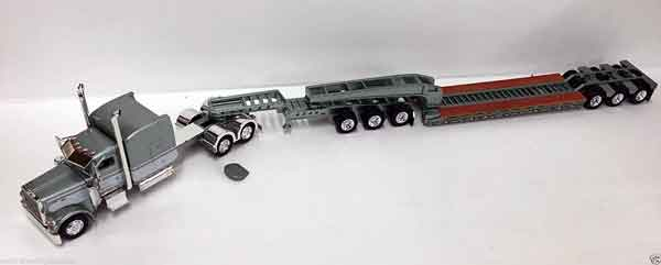 600049 - Tonkin Replicas Peterbilt 389