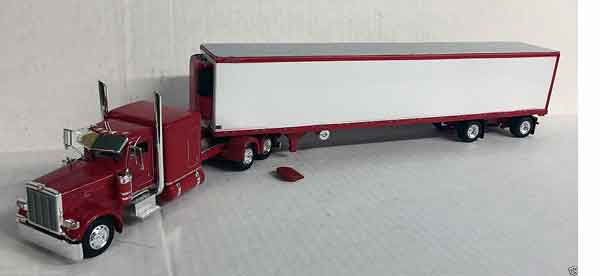 600068 - Tonkin Replicas Peterbilt 389
