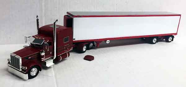 600071 - Tonkin Replicas Peterbilt 389