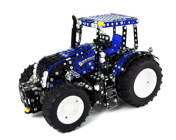 10055 - Tronico New Holland T8390 Tractor Metal Construction