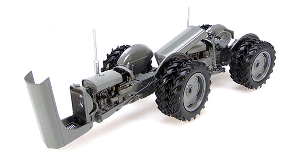 2700 - Universal Hobbies Ferguson Dual Drive TED 40 Tractor