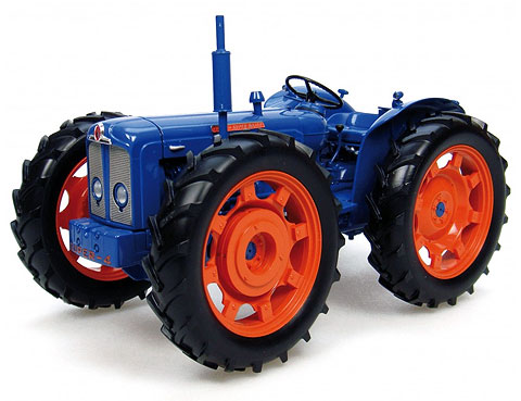 2787 - Universal Hobbies Ford County Super 4 Tractor