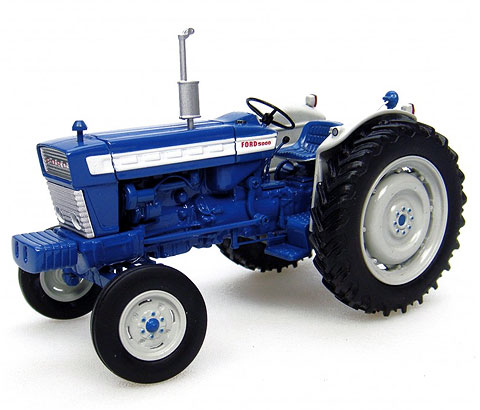2808 - Universal Hobbies Ford 5000 Tractor