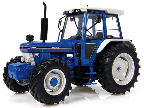 2865 - Universal Hobbies Ford 7810 Tractor
