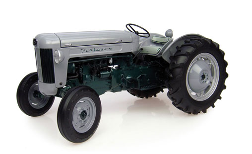 2985 - Universal Hobbies Ferguson 40 Launch Model Tractor 1955