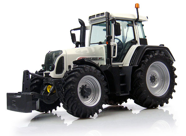 4035 - Universal Hobbies Fendt 820 Tractor White Edition Limited