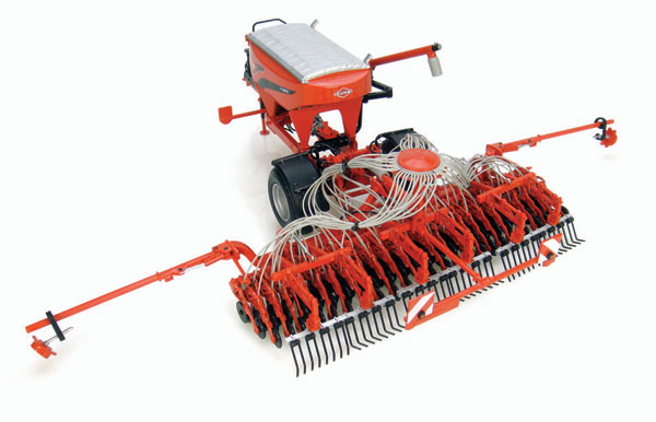 4128 - Universal Hobbies Kuhn TT 3500 Planter