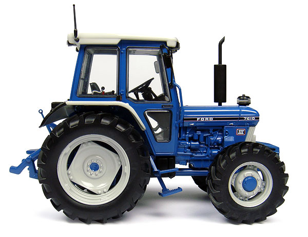 4140 - Universal Hobbies Ford 7610 Generation III 4WD Tractor
