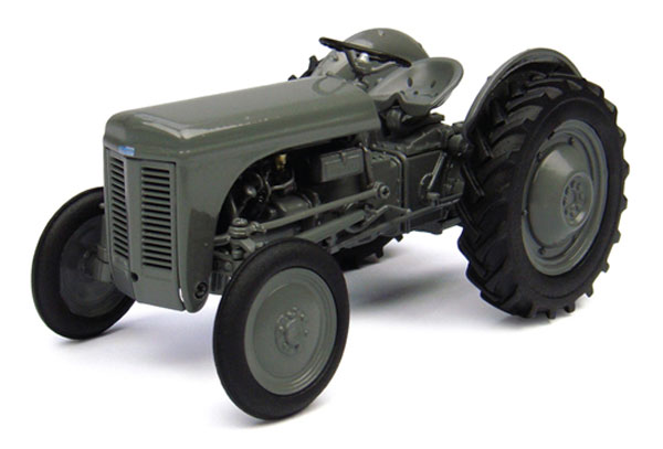 4189 - Universal Hobbies Ferguson TEA 20 Tractor Diecast construction